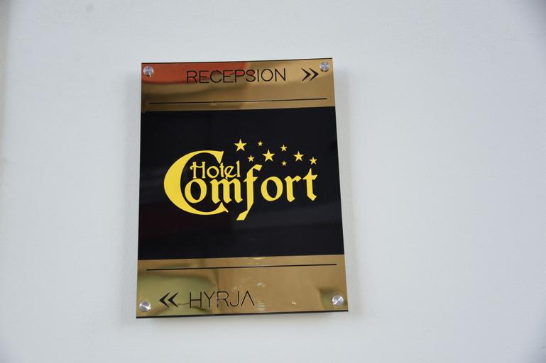 Comfort Hotel, Fierit