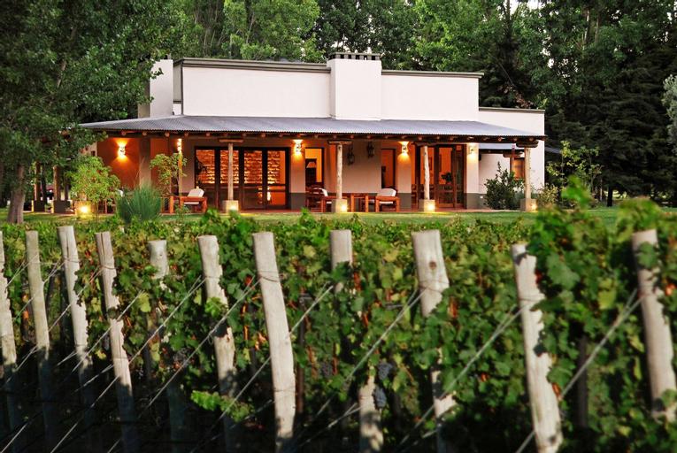 Algodon Wine Estates and Champions Club, San Rafael