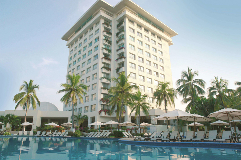 Hotel Emporio Ixtapa, José Azueta