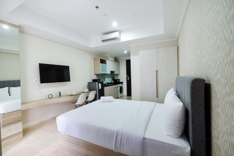 Minimalist Studio Menteng Park Apartment By Travelio, Central Jakarta