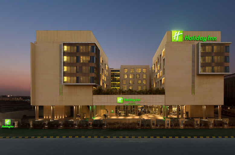 Holiday Inn New Delhi International Airport, West