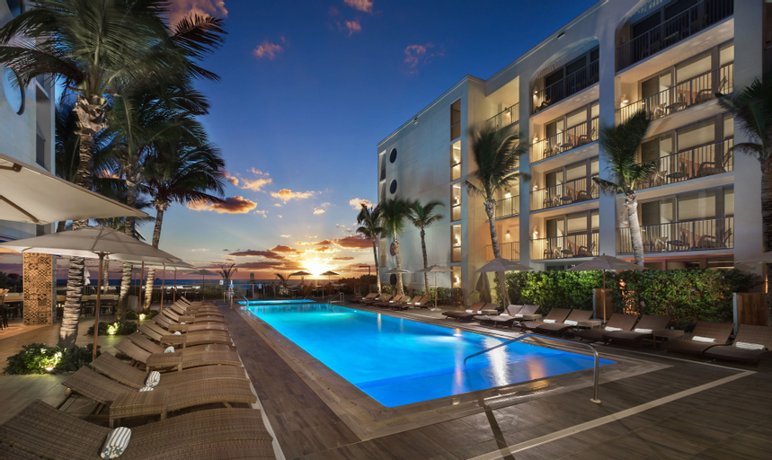 Costa d'Este Beach Resort & Spa, Indian River