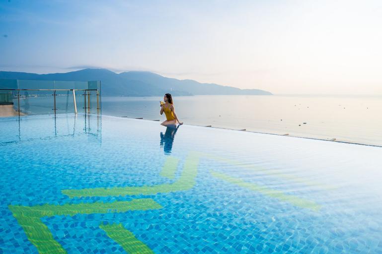 Mandila Beach Hotel DaNang, Sơn Trà