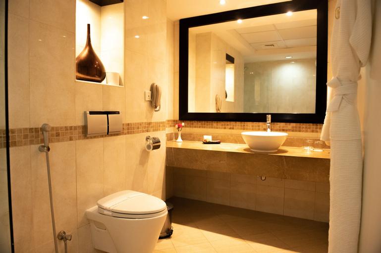 Grandeur Hotel,