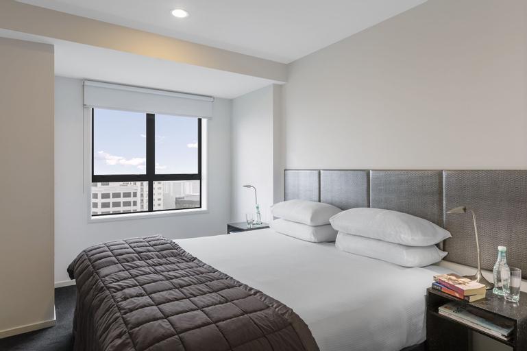Waldorf St Martins Apartments Hotel, Waitakere