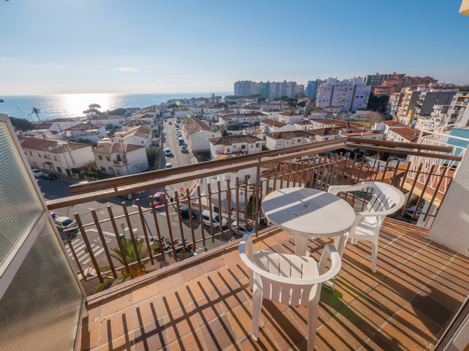 Apartaments AR Europa Sun, Girona