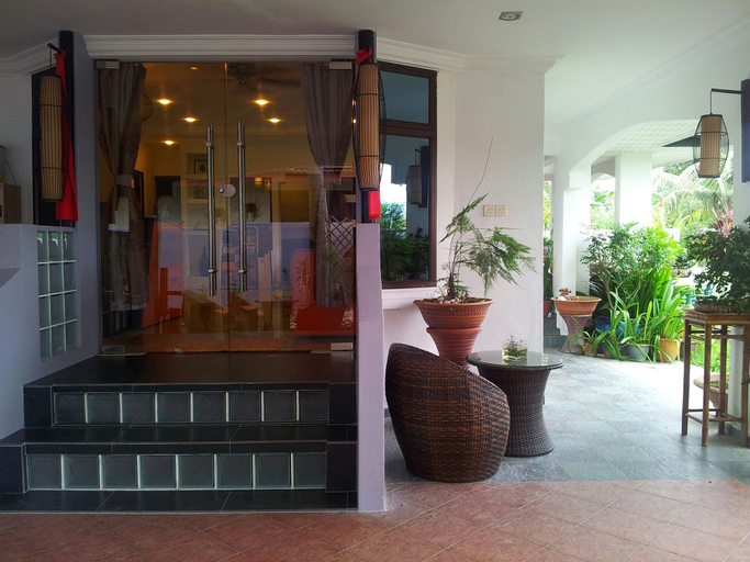 Ella Holiday Inn, Kinta