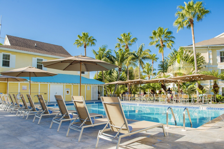 Sunshine Suites Resort,