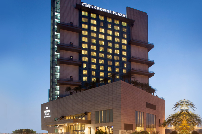 Crowne Plaza New Delhi Rohini, West