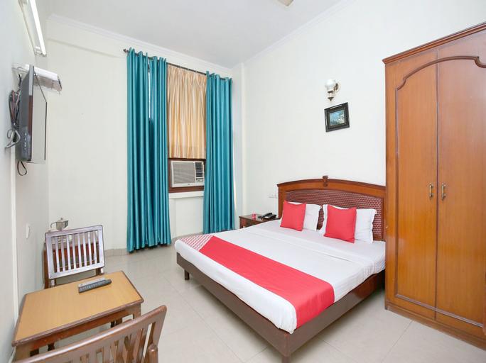 OYO 14324 Hotel towns pride, Sahibzada Ajit Singh Nagar
