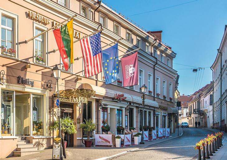 IMPERIAL Hotel & Restaurant, Vilniaus