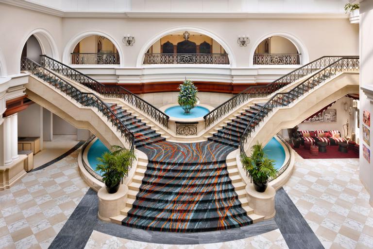 Movenpick Hotel & Apartments Bur Dubai,