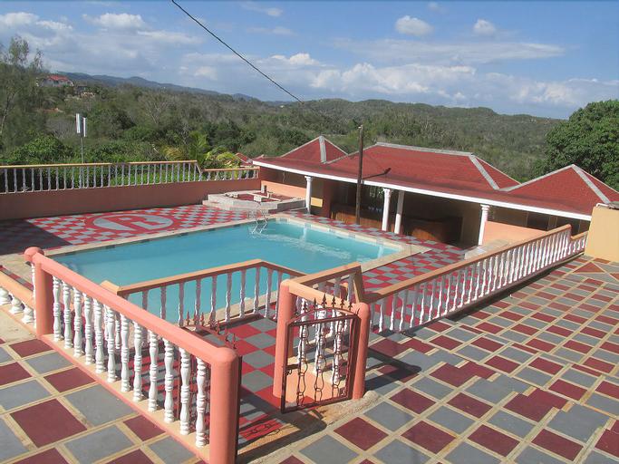 Paradise Reggae Resort,