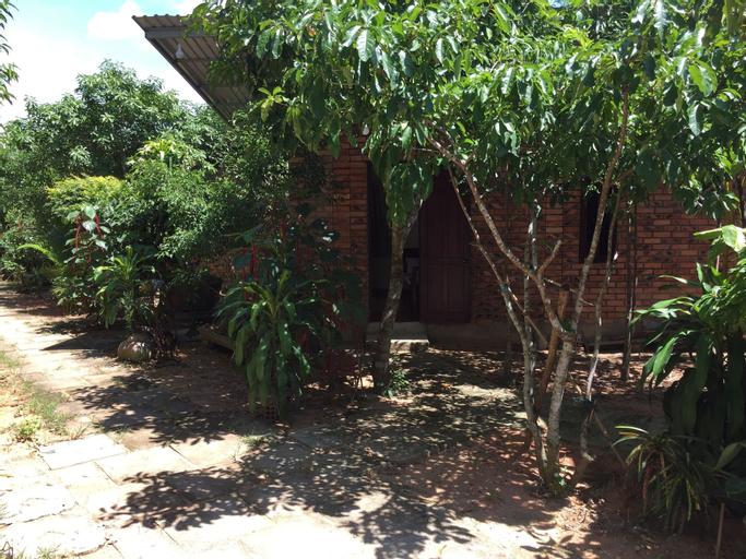 Huong Tuan Farmstay (Pet-friendly), Hương Trà