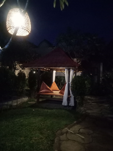 Zifa Kuta Lombok, Lombok
