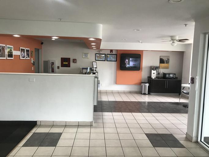 Home Away Inn & Suites, Yuba
