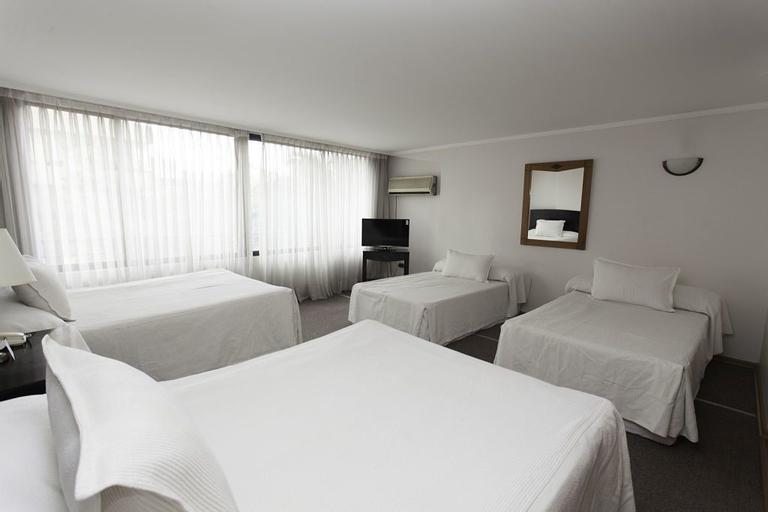 Nogales Hotel & Convention Center, Santiago