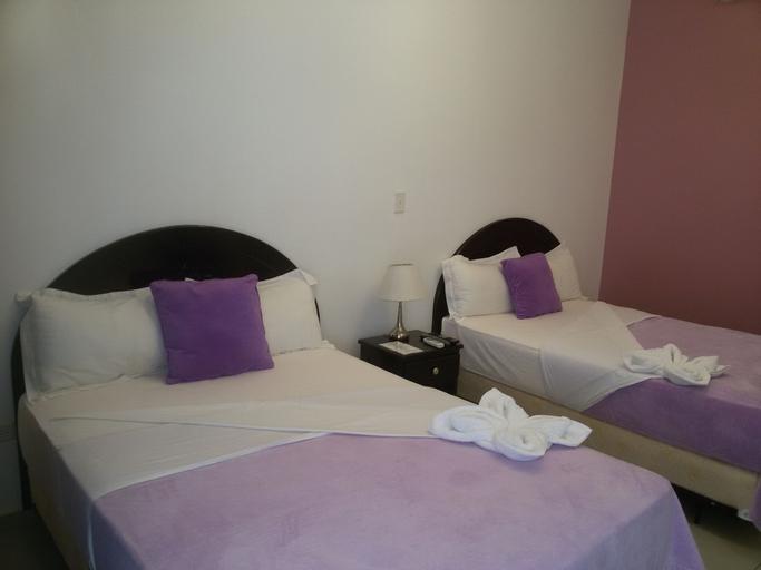 Paradise Resort Hotel, Los Santos
