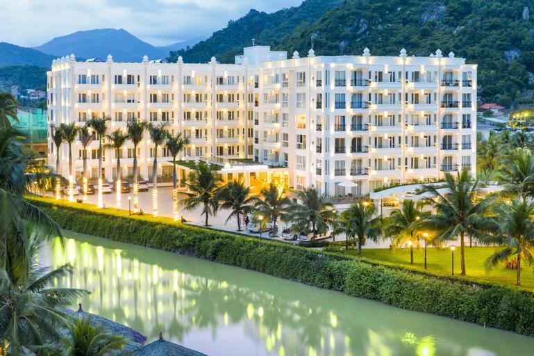 Cham Oasis Nha Trang Resort Condotel, Nha Trang