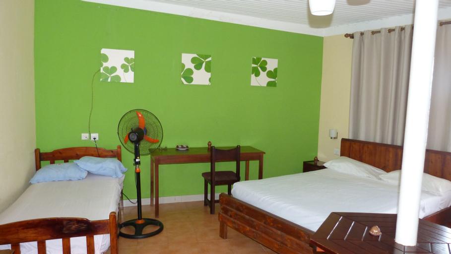 Le Cactus Guest House,