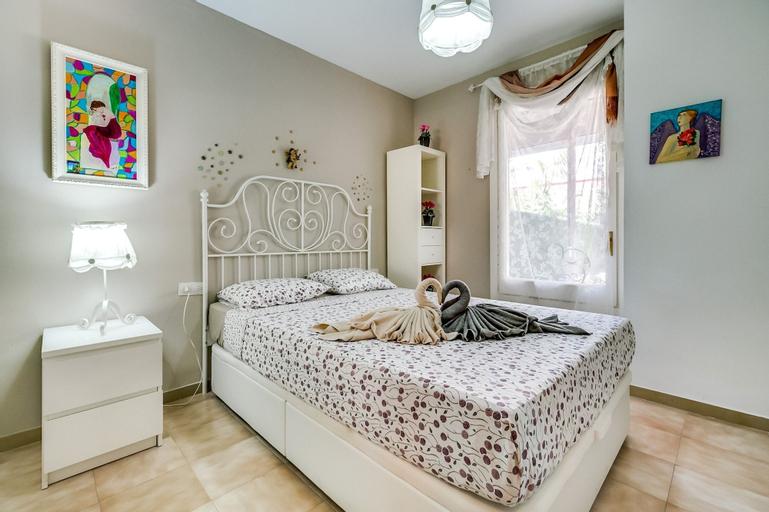 Apartamento Vivalidays Nieves, Barcelona