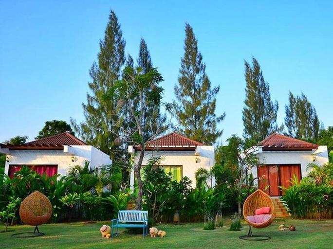 Pranburi Cabana Resort, K. Sam Roi Yot