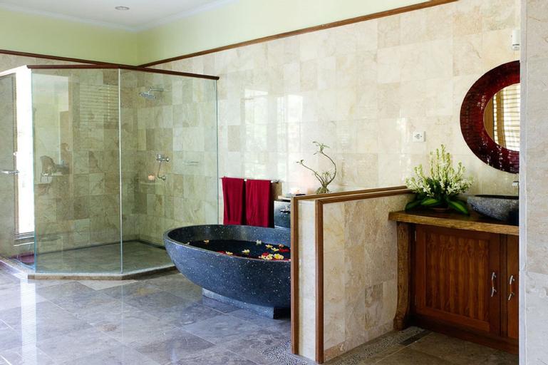 Suara Air Luxury Villa Ubud, Gianyar