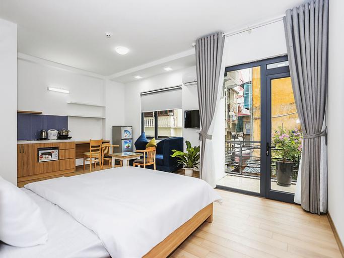 Amazing NYT Home Balcony Cozy Studio, Ba Đình
