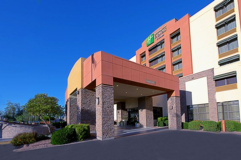 Holiday Inn Express & Suites Tempe, Maricopa
