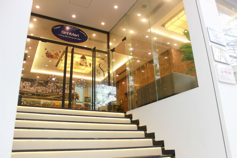 Sinh Plaza Hotel, Cầu Giấy