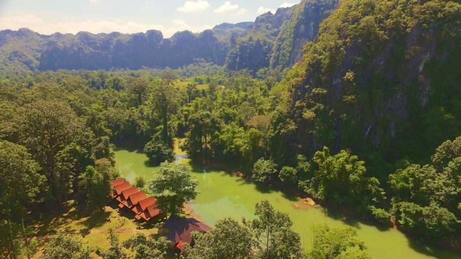 SpringRiver Resort, Hinboon