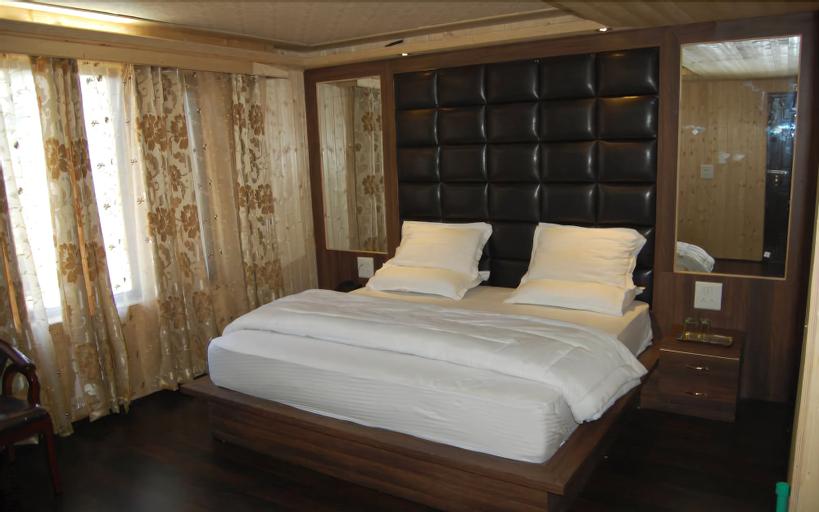 Hotel Zahgeer Continental Gulmarg, Baramulla