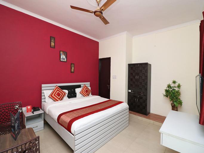 OYO 4787 Country Inn Stay, Faridabad