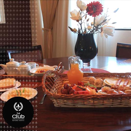 Le Club Resort Hotel, Encarnación