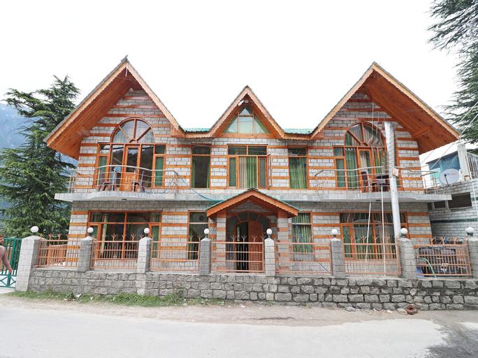 OYO 13715 Home Classic Villa Naggar Road, Kullu