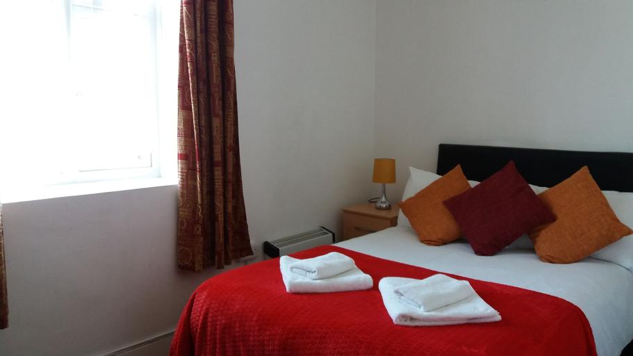 Nest Lodge, London