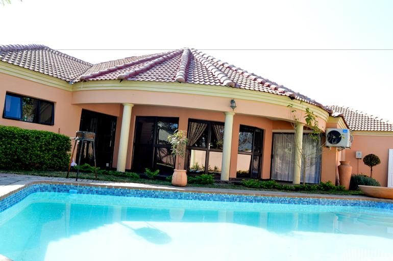 Golden Door Villa, Gaborone