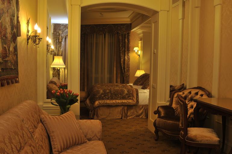 Nobilis Hotel, L'vivs'ka