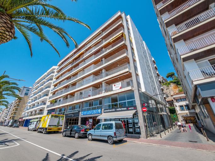 Apartaments AR Borodin, Girona
