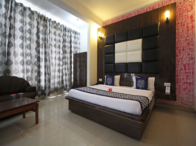 OYO 5855 Hotel Neelkanth, Reasi
