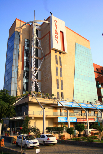 Ginger Manesar, Gurgaon