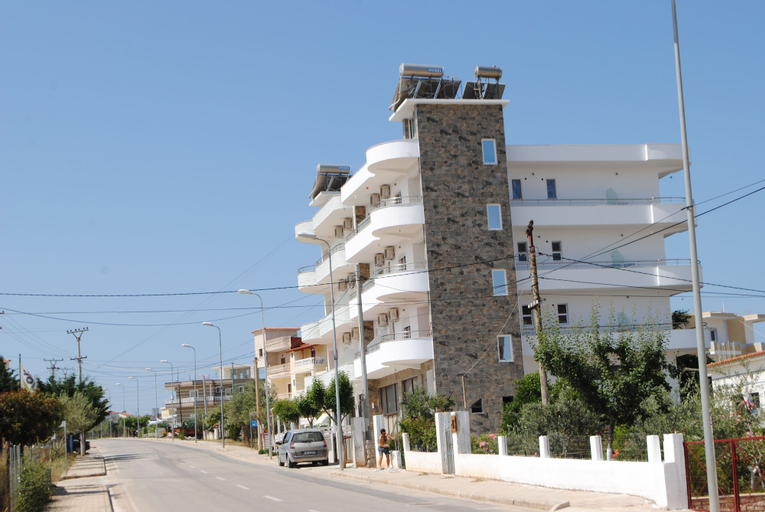 Niku Apartments, Sarandës