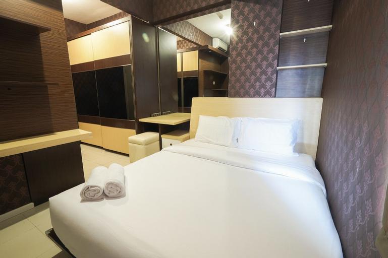 Modern and Classy 1BR Green Lake Sunter Apartment By Travelio, Jakarta Utara