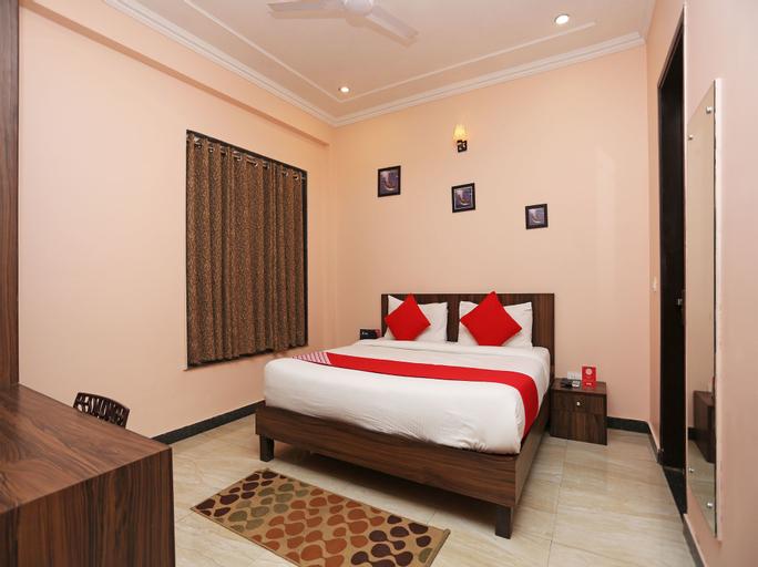OYO 4026 Royal Inn, Gurgaon