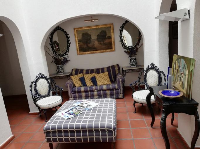 Residencial Os Manueis, Évora