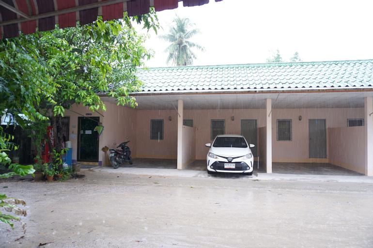 Montra Guesthouse Ranong, Muang Ranong