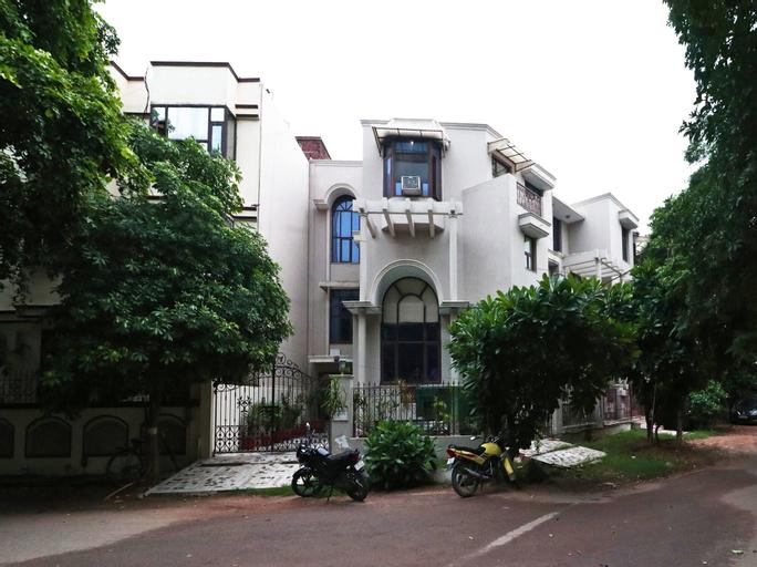 OYO 16167 Hotel Golf View Dlf, Gurgaon