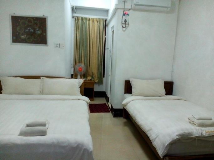 Taunggyi Golden Wing Motel 2 - Hostel, Taunggye