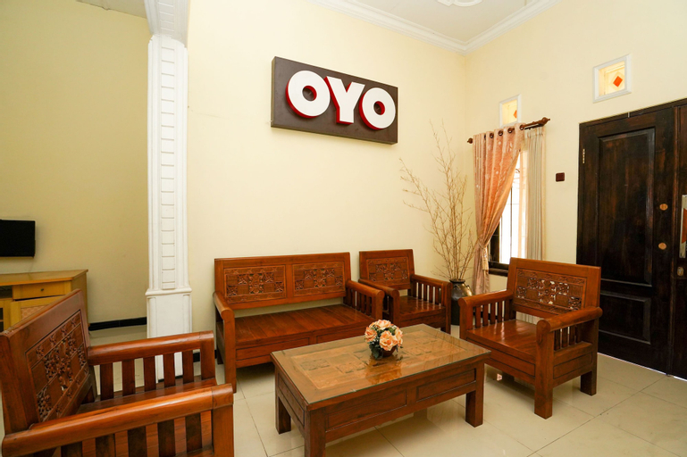 OYO 1087 Homestay Potato House, Probolinggo