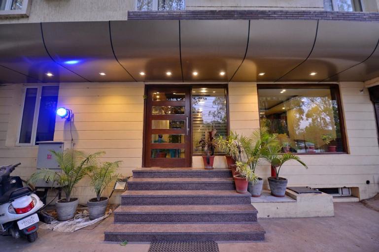 Hotel Pride, Chandigarh